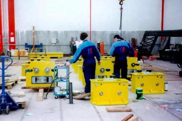 Equipos fabricados para el movimiento de traslación de la cubierta móvil instalada en la piscina del parque de la Dehesa Boyal